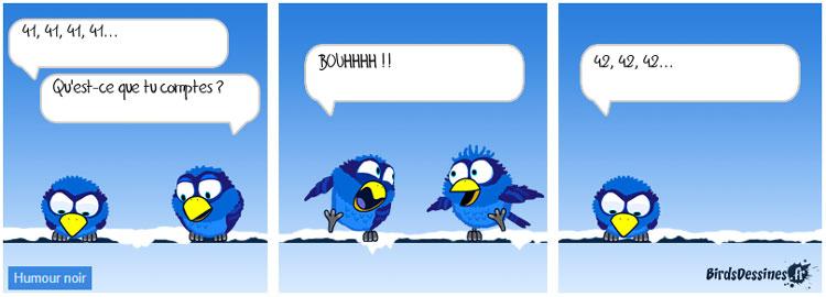 Un oiseau fait peur à un autre